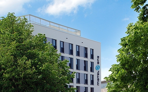 Hotel and office building Motel One Rostock